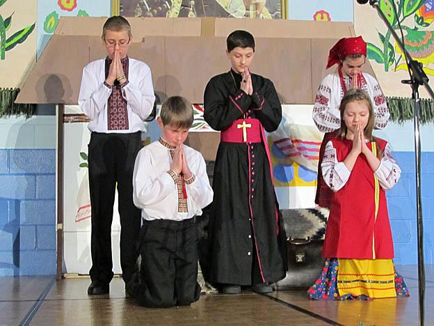 prayinggroup