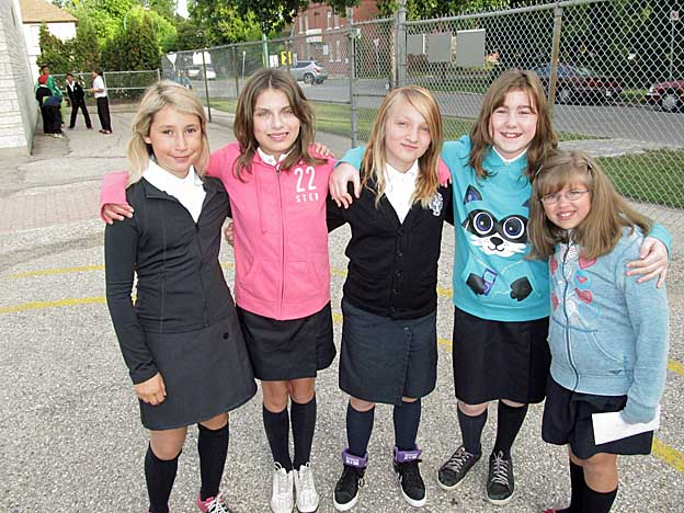 fivegr6girls