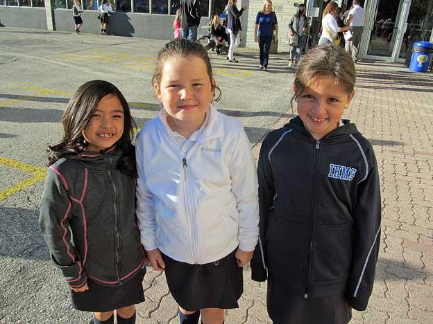 threegr3girls